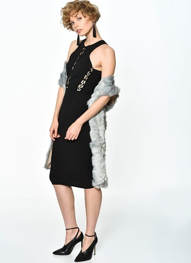 Girl In Mind Kolsuz Dar Midi Elbise Siyah